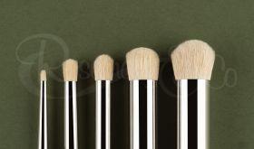 Model Dry Brush